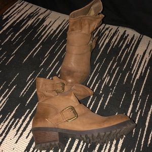 Shoe Dazzle slouchy taupe buckle booties